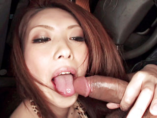 Ultra-kinky Rinka steams up the windows in a car blowing a cock